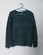Włochaty ciepły sweterek fluffy