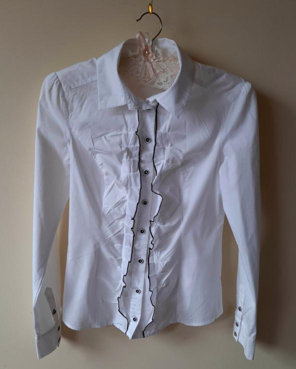 Koszule Biała koszula z żabotem S klasyka