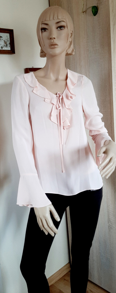 Bluzki Bluzka z żabotem