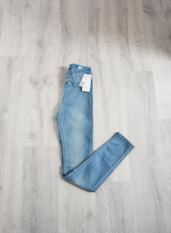 Jasne spodnie tregginsy H&M nowe rurki na gumce