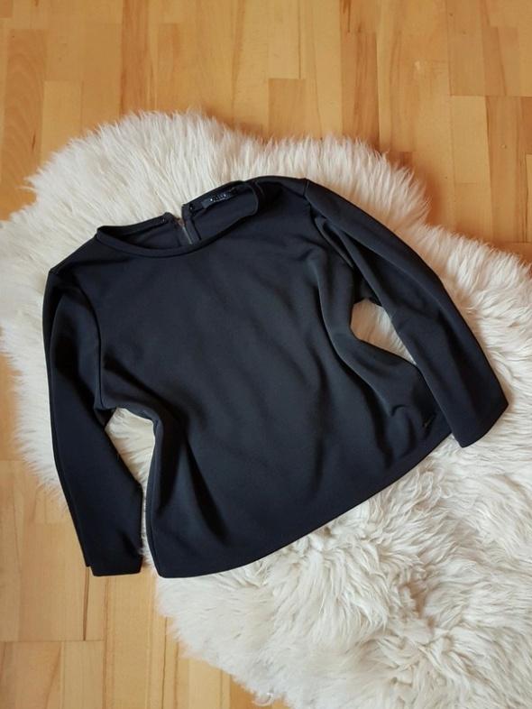 Czarna bluzka Mohito L...