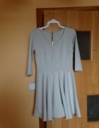 śliczna sukienka nude