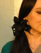 gumka do włosów czarny kwiat...