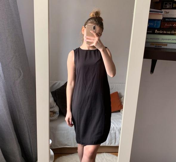 Prosta sukienka basic Camaieu czarna M...