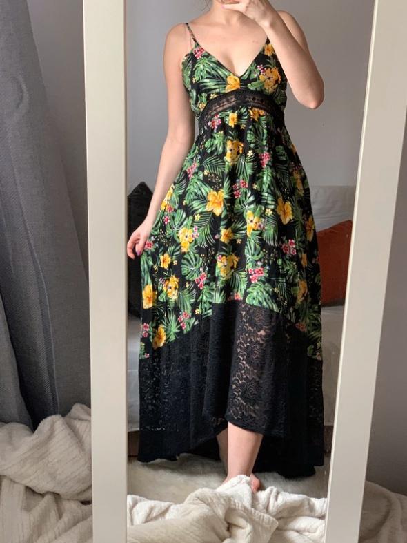 Piękna letnia sukienka floral wzory M tally weijl koronka...
