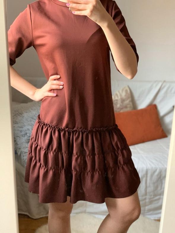 Sukienka Zara S M Falbanki drapowania klasyczna prosta...