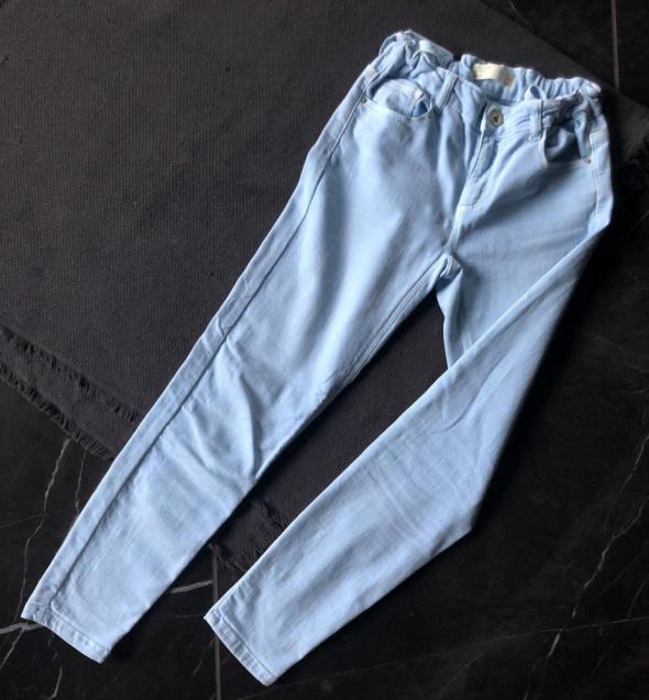 ZARA Kids spodnie jeansy jasny błękit 10 lat 140 cm stan BDB