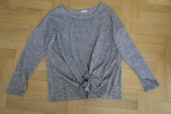 Bluzka lekki sweterek jak nowy 42