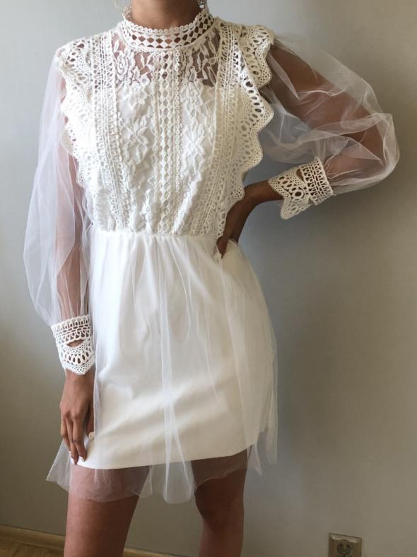 NOWA sukienka moda włoska koronkowa z gipiurą biała rozm S
