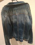 sprzedam kurtke jeansowa w stanie idealnym
