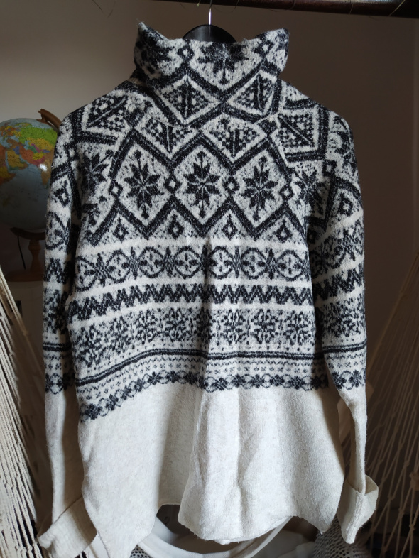 Swetry Sweter H&M 36 S bezowy ze srebrną nitką wzór ciepły