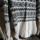 Sweter H&M 36 S bezowy ze srebrną nitką wzór ciepły