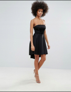 Czarna sukienka rozkloszowana gorsetowa piankowa...