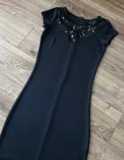 Czarna sukienka MOHITO...