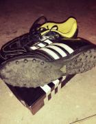 Adidas turfy piłka nożna...