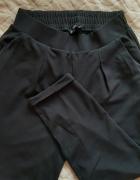 Materiałowe spodnie Stradivarius czarne...