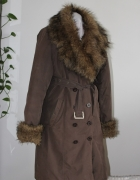 płaszcz kurtka gruby z futerkiem pikowana ciepła
