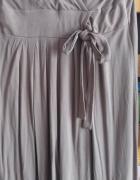 Sukienka do karmienia z długim rękawem...