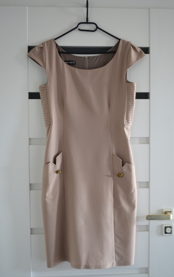 Suknie i sukienki Sukienka rozmiar 42