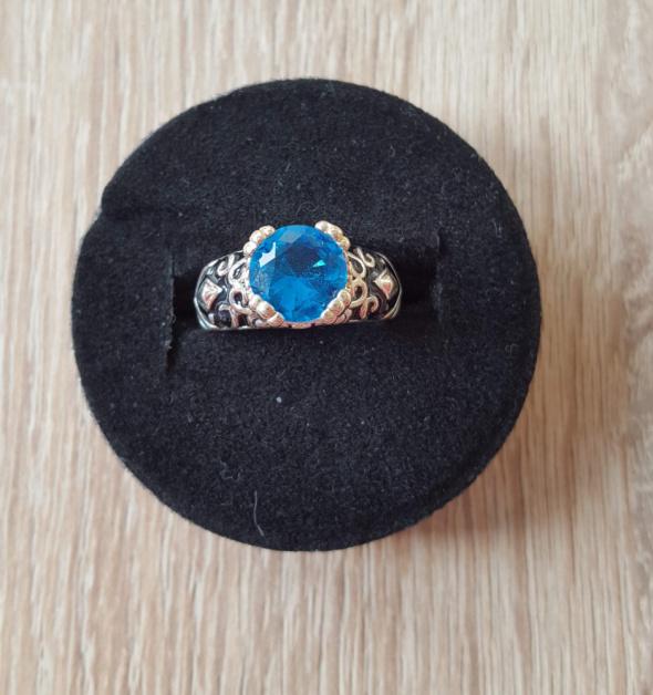 Pierścionki Nowy pierścionek pierścień niebieska cyrkoania oczko srebrny kolor vintage retro