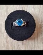 Nowy pierścionek pierścień niebieska cyrkoania oczko srebrny ko...