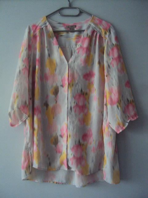 pastelowa bluzka...