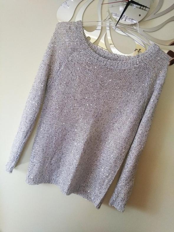 Sweterek Srebrny Cekiny Plecy Haft M