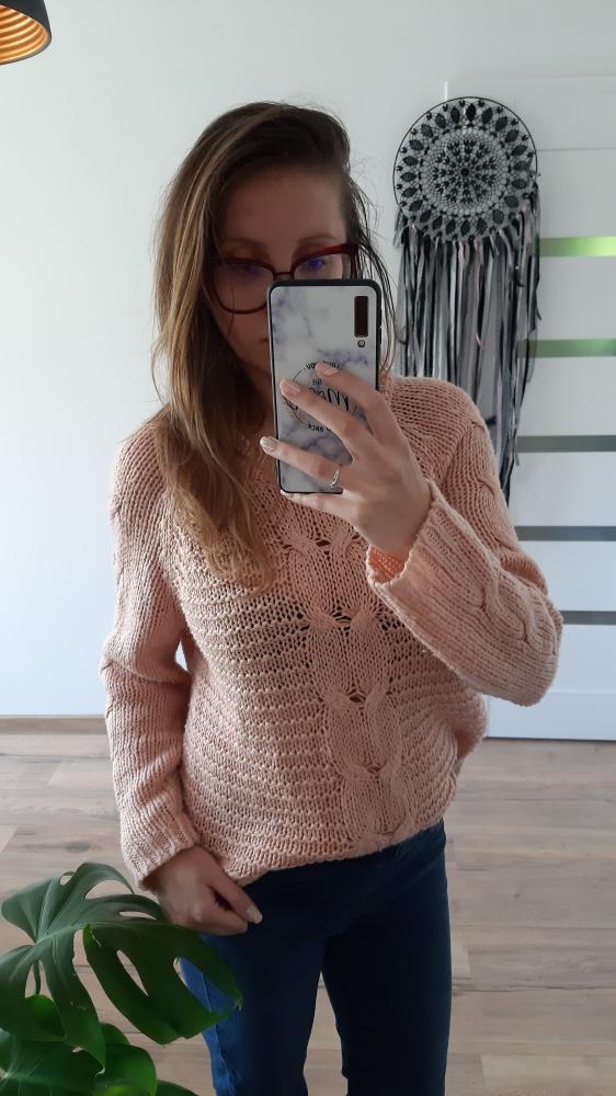 Sweter pudrowy róż M C&A