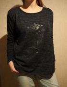 Granatowa bluza z orientalnym wzorem...