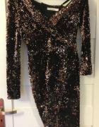 Piękna cekinowa koktajlowa suknia