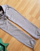 NIKE spodnie dresowe M 38 do 40...