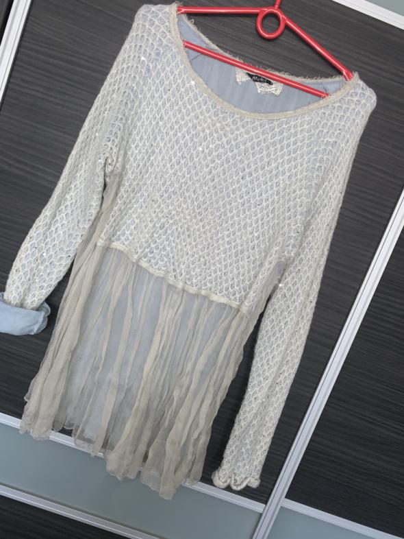 Włoski sweterek w błękicie