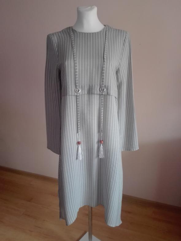 oryginalna sukienka