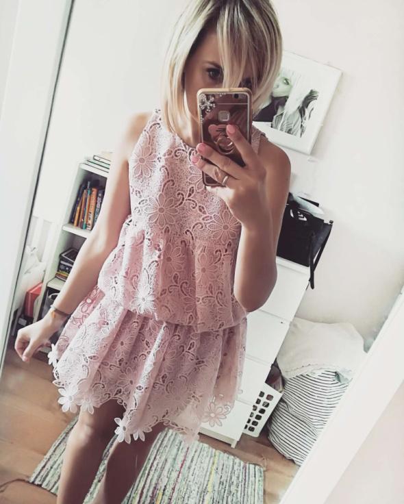 Sukienka Cous puder róż rozm M