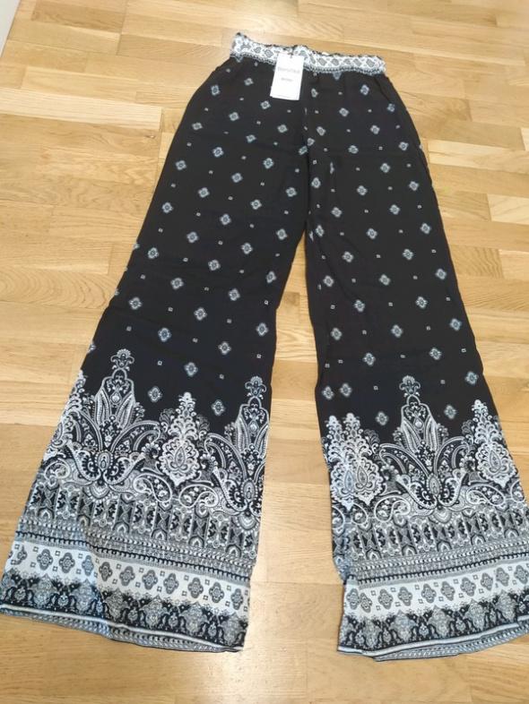 Spodnie lekkie letnie poszerzane Bershka r 36