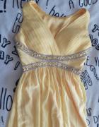 Długa żółta sukienka...