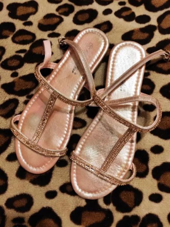 Sandały Sandały