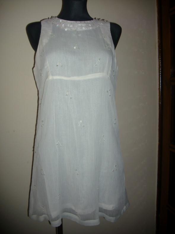 śliczna biała sukienka tiul koraliki S na M