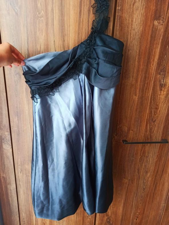 Sukienka bombka na jedno ramiączko jedwabna