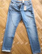 Nowe jeansy typu boyfriend...