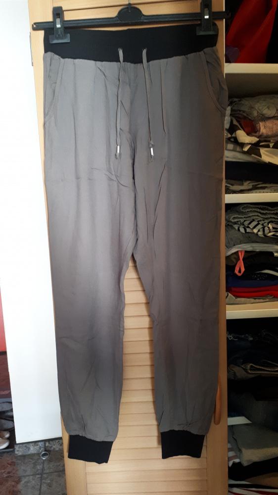 Nowe letnie spodnie Top Secret...