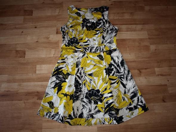 Sukienka rozm 42 44