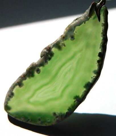 Naszyjniki Zielony duży surowy kamień wisior z agatem