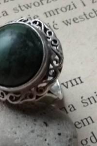 WarMet koronka STARY srebrny pierścionek zielony kamień trzcinka
