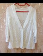 Sweterek kardigan biały Cubus XL 12 używany na zatrzaski zapina...