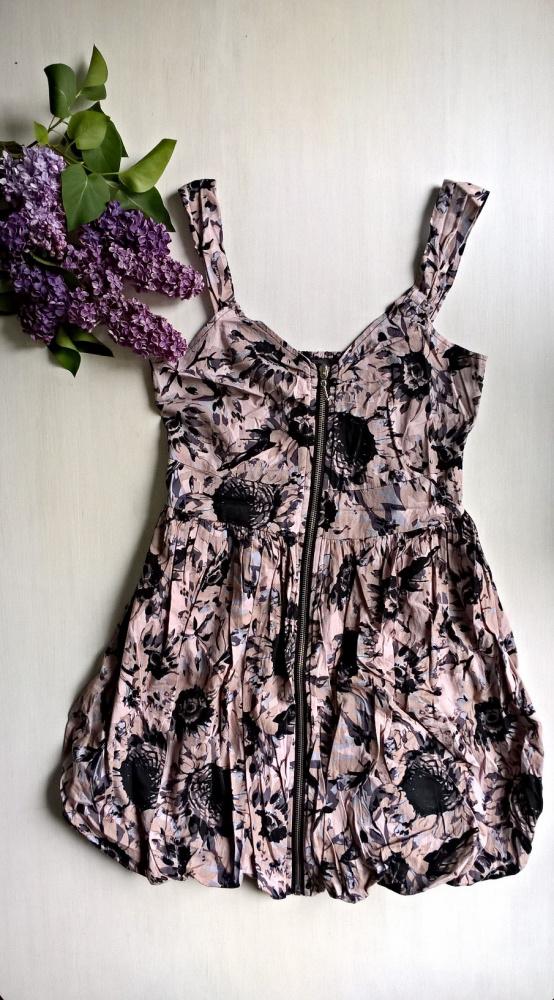 Sukienka bombka z długim zamkiem kwiaty flower