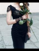 Elegancka czarna sukienka z francuską koronką...