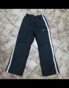 Nike 128 140...