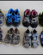 Zestaw butów 8 par dla chłopca rozmiar 25...