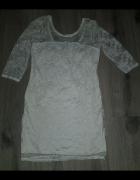 Biała koronkowa sukienka M...